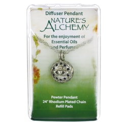 Nature's AlchemyIrish Claddagh Diffuser Pendant Necklace